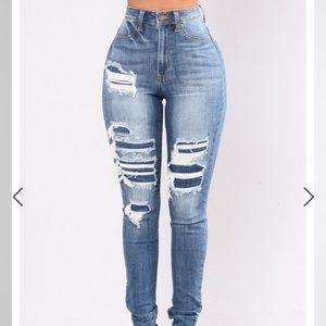 Ripped Jeans Sz 3 Medium Blue